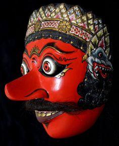 Java - Superb Hand-Carved Topeng Mask - Klana-Resobagu (Indonesia)