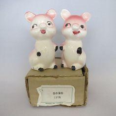 Vintage 1960s ceramic pig salt and pepper by AtomicDimestore, $6.00