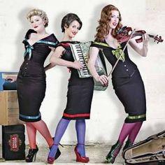"Joy FM Karnaval Player'da ""The Puppini Sisters - I Will Survive - "" dinliyorum. http://karnaval.com/"