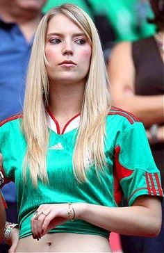 The Most Beautiful Sport Football Girls, Girls Soccer, Soccer Fans, Soccer World, Sporty Girls, Football Fans, Fifa, Hot Fan, Russia 2018