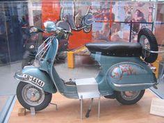 Vespa Dali '- 1962 Scooters Vespa ~