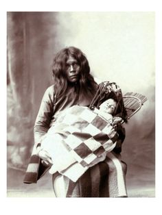 native-american-woman-and-chiled-woman-and-baby-of-the-wichita-indian-tribe-1899_i-G-37-3728-6NRAF00Z.jpg (366×488)