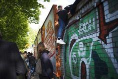 Freitag, 01.05., 16:30 Uhr – Kreuzberg, Görlitzer Park: Anstrengungen für die beste Aussicht. © Odeta Catana