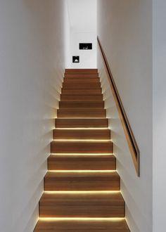 Un éclairage à LED pour les escaliers - Marie Claire Maison