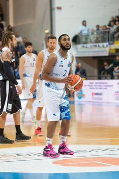 Roseto Basket. Adam Smith nominato come MVP del campionato di A2 Est per ottobre