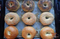 Domáce pečivo na americký spôsob - bagle - Sisters Bakery Bagels, Sisters, Bread, Recipes, Food, Eten, Recipies, Ripped Recipes, Daughters