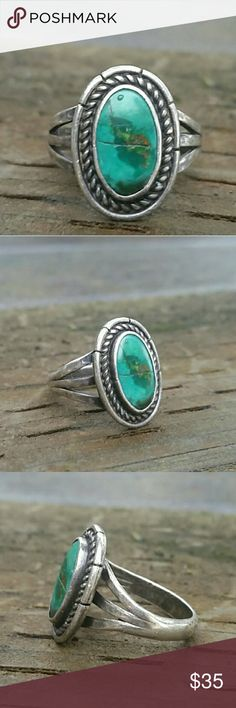 Vintage Turquoise Sterling Silver Ring Sz 5.5 Cracked stone. Guaranteed to be real turquoise guaranteed to be sterling silver size 5.5 this is from the 1970's Vintage Jewelry Rings