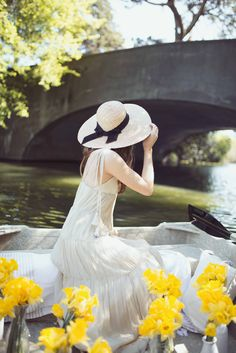 Life is But a Dream | Wearing Alyssa Nicole SS16 Gown and vintage straw hat at Golden Gate Park Stow Lake