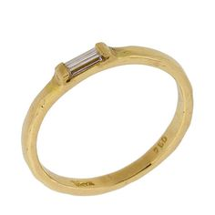 Art Deco Baguette Cut Diamond Solitaire Ring in 18k Yellow Gold