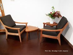 Inspirasi design furniture cafe terbaru