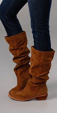 skinny jeans and slouch boots a must