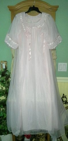 VTG PINK Frilly TOSCA Sheer Chiffon Peignoir Robe Nightgown Negligee Gown Set S #ToscaOfCalifornia