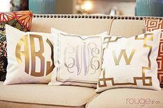 **Metallic monogram pillows** I'm not even a monogrammer but these are cute Monogram Pillows, Vine Monogram, Monogram Decal, Burlap Pillows, Personalized Pillows, Monogram Styles, White Pillows, Design Textile, Pillows