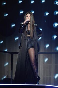 Selena Gomez Same old Love performance - Album on Imgur