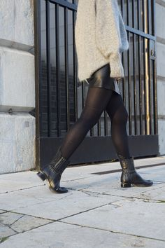 alexander wang boots Mode Blog, Alexander Wang, Knee Boots, Leather Skirt, Street Style, Skirts, Sweaters, Shoes, Fashion