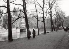 Tweede Wereldoorlog. Sfeerbeeld van de Herengracht tijdens de oorlog [1940-1945]. Nederland,  Amsterdam