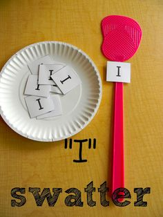 """I"" swatter phonics activity and song from Finding the Teachable Moments Good for tricky/hf words Preschool Letters, Learning Letters, Kindergarten Literacy, Early Literacy, Kids Learning, Learning Games, Phonics Activities, Alphabet Activities, Preschool Activities"