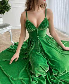 Starry Night Dress, Kelly Green Dresses, Rose Gown, Green Velvet Dress, Floral Gown, Luxury Dress, Dot Dress, Dream Dress, Bridal Dresses