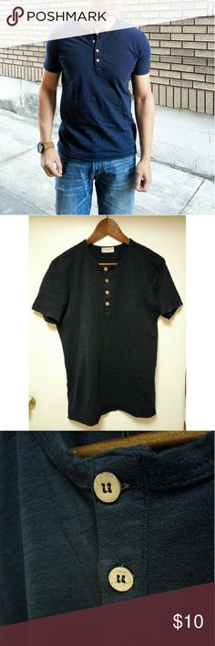 """New Men Asian KUEGOU Henley Button T-shirt Small New with tag/ dark navy blue  Size tag XL fits US Small  Asian Imported/ stylish wooden buttons with a twist of double cut effect by sleeves and bottom hem edges.   Model reference: height 5.8 ft, weight 160lbs (small)  Measurements  Shoulder 17.5"""", pit to pit 20.5"""", sleeve length 7.5"""", lenght 28"""" KUEGOU Shirts Tees - Short Sleeve"""