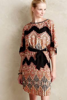 Bera Pleated Dress - anthropologie.eu