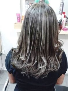 How to Make Perfect Planted Wicks for your Hair Step by Step at Home Easy and Fast Ashy Hair, Sombre Hair, Dark Hair, Gray Hair Highlights, Balayage Highlights, Covering Gray Hair, Cabello Hair, Auburn Hair, Hair Loss Treatment