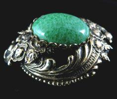 Vintage Brooch Beautiful Green Peking Glass Gold Tone   eBay