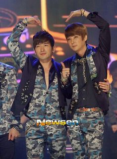 Shinhwa this love outfit-Minwoo Hyesung #1