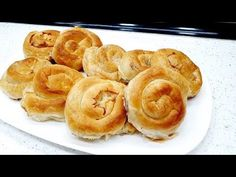 BUREK PUZIĆI OD DOMAĆIH KORA - YouTube Salty Foods, Apple Pie, Make It Yourself, Desserts, Youtube, Tailgate Desserts, Deserts, Postres, Dessert