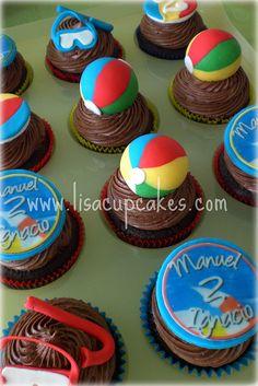 Beach themed cupcakes!