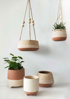 Sometimes simplicity is key! These gorgeous planters by Urban Products are perfect for creating your own indoor jungle with a sense of style! Painted Plant Pots, Ceramic Plant Pots, Clay Pots, Clay Planter, Painted Flower Pots, Clay Crafts, Diy Clay, Cerámica Ideas, Pottery Pots
