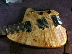 I'm in love with Forshage's guitars