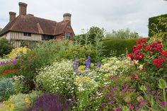 Great Dixter, Northiam, East Sussex, United Kingdom, TN31. Love Garden, Garden Ideas, Holland Country, Great Britan, Lasy, Places In England, Brighton Uk, Clematis Vine, English Cottages