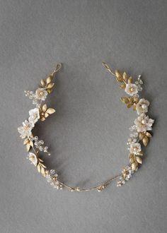 Дита | цветочный свадебный гало - Percy ручной работы | Свадебные головные уборы, фаты и Свадебные аксессуары для волос