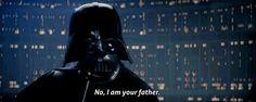 """Hablando de esa línea, seguro la recuerdas mal. La mayoría la recuerda como  """"Luke, I am your father""""  en realidad es  """"No, I am your father""""."""