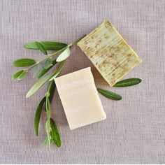 Shampoo Natural, E Cosmetics, Napkins, Tableware, Food, Soap Recipes, Handmade Cosmetics, Handmade Soaps, Mint Shampoo