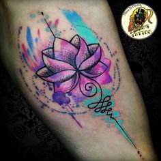 Done this pretty lotus piece yesterday to a young Hungarian lady.  #tattootherapy #watercolorlotustattoo #watercolortattoo #watercolor…