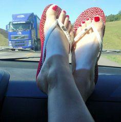 Road trip toes