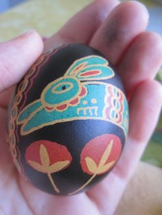 pysanky eggs tutorial ~ pysanky eggs ` pysanky eggs pattern ` pysanky eggs tutorial ` pysanky eggs easy ` pysanky eggs for kids ` pysanky eggs pattern ideas ` pysanky eggs tutorial how to make ` pysanky eggs pattern coloring pages Egg Styles, Cultural Crafts, Cute Egg, Pattern Coloring Pages, Egg Dye, Ukrainian Easter Eggs, Popular Crafts, Egg And I, Egg Designs