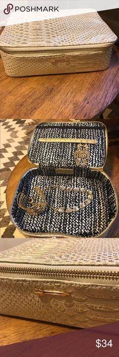 Travel jewelry box Travel jewelry box Travel jewelry and Box