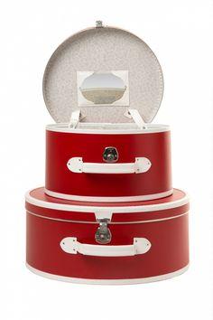 Vintage Vicky - To Paris and back! Set 50s Vintage Hat Cases Red