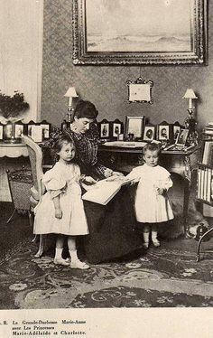 Großherzogin Maria Anna von Luxemburg mit ihren Töchtern Adelheid und Charlotte | Flickr - Photo Sharing!