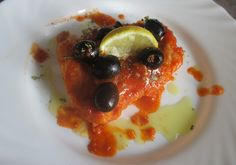 FORNELLI IN FIAMME: SLICE OF COD WITH HARISSA AND TOMATO SAUCE AND BLA...