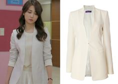"Park Ha-Sun 박하선 in ""Temptation"" Episode 2.   The Izzat Collection Ivory Jacket #Kdrama #Temptation 유혹 #ParkHaSun"