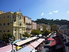 Here's a list of favorite restaurants in and around Nice Old Town, that are not only open on Sunday or Monday, but can be counted on for an excellent meal!