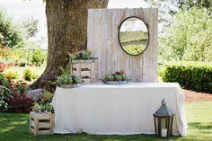 Photography: Taryn Baxter - www.tarynbaxter.com  Read More: http://www.stylemepretty.com/canada-weddings/2015/03/24/romantic-backyard-wedding-2/