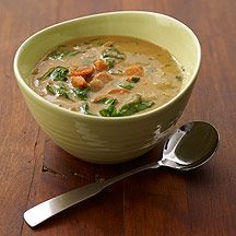 Weight Watchers Senegalese Peanut Stew with Spinach and Sweet Potatoes - This reminds me of a delicious meal I enjoyed in Ghana. It is easy to make and quite delicious!  5 pts per 1 2/3 cup