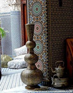 Moroccan decor- love these tiles