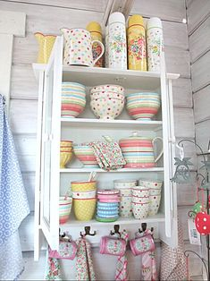 I've never heard of GreenGate, but I will be searching. It may even require a new pin board category...