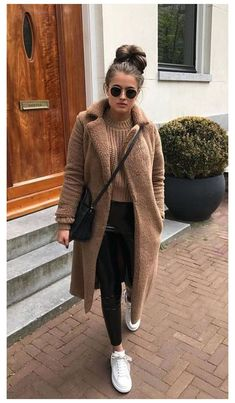 Winter Night Outfit, Stylish Winter Outfits, Winter Outfits Women, Winter Fashion Outfits, Night Outfits, Teen Fashion, Fall Fashion, Cold Winter Fashion, Winter Outfits For Teen Girls Cold