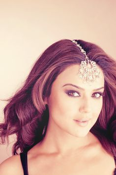 Preity looking pretty. #PreityZinta